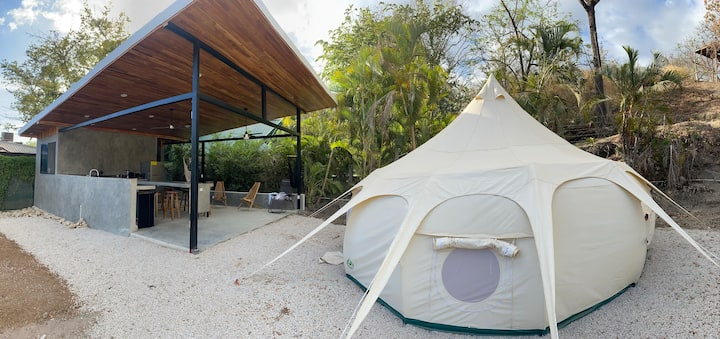 New! Glamping with king bed steps to Pelada beach!