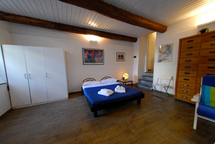 Cozy apartment just 1KM away from Pompei Ruins!