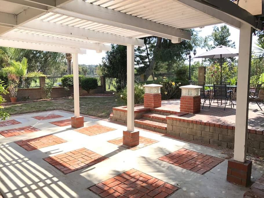 Large Patio / Backyard  -Great for Large Group Gathering