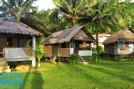 Majestic Puraran Beach Resort - Stuga