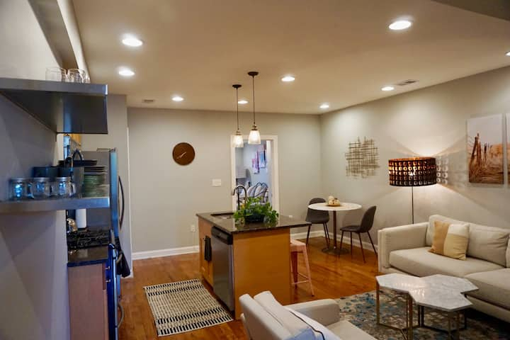 Luxe 2BR DC Condo Steps from Catholic University