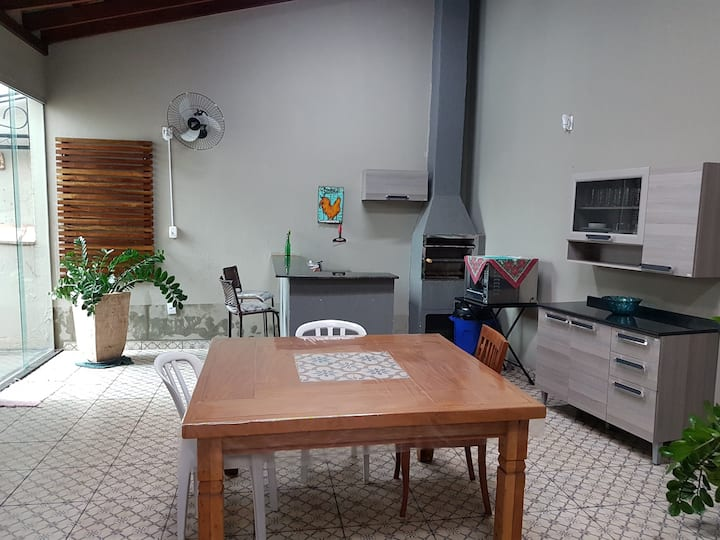 Casa Barretos/SP $210 p/ noite ,suíte 3 pessoas