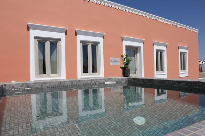 Mansion Sea View, Outdoor Heated Plunge Pools - Santorini - Huis