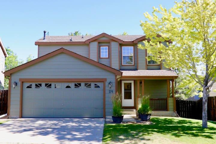 Beautiful Home Just Min from Boulder & Denver