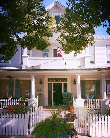 "Hays House: ""The Pearl"" - Apalachicola - Apartment"