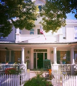"Hays House: ""The Pearl"" - Apalachicola - Apartmen"