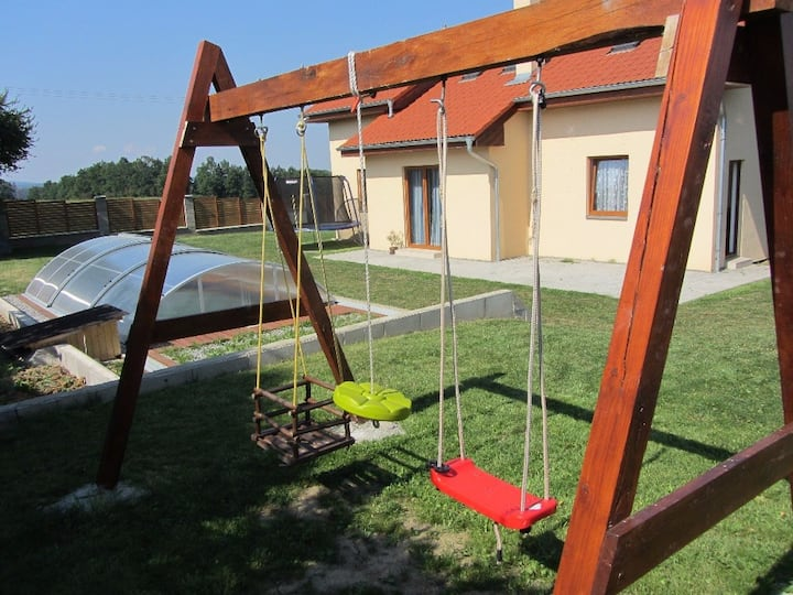 House for 8 pers with pool in Neznašov R72286