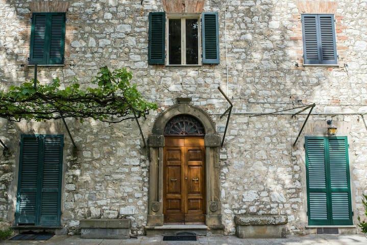 Immerso nella quiete della campagna umbra - San Giovanni del Pantano - Casa