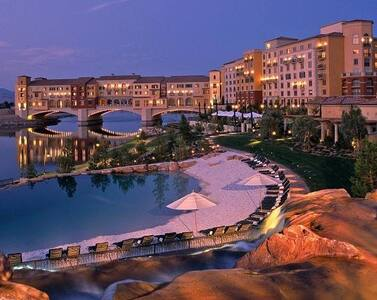 Modern Suite@ Lake Las Vegas Resort - ヘンダーソン - 別荘