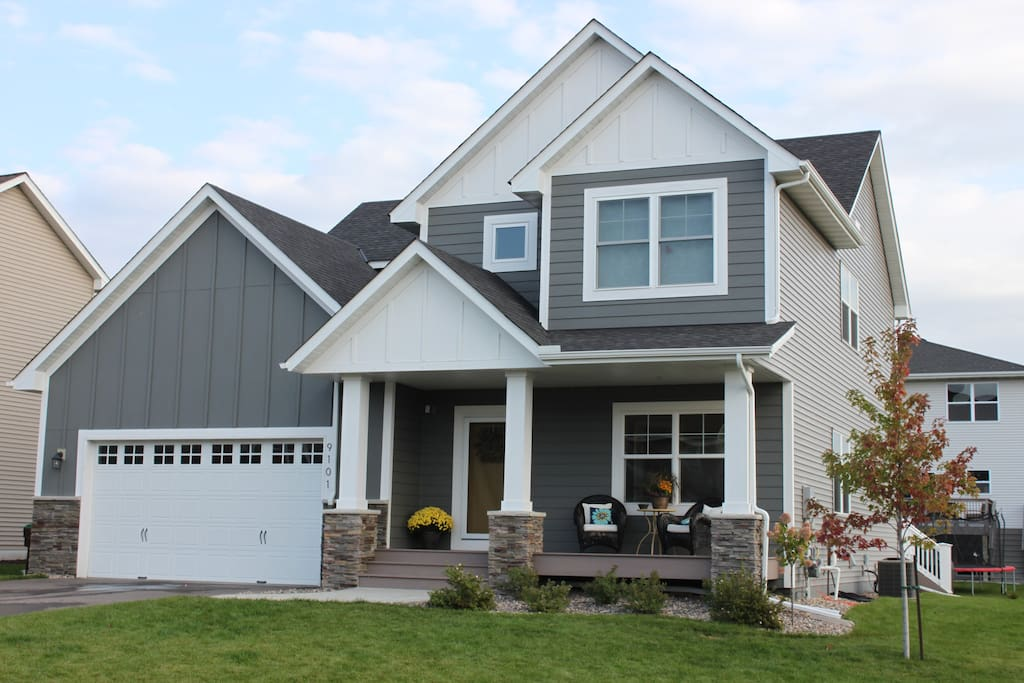 Beautiful, clean, newly constructed home 3 miles from Hazeltine National Golf Course. Large side yard for entertaining.