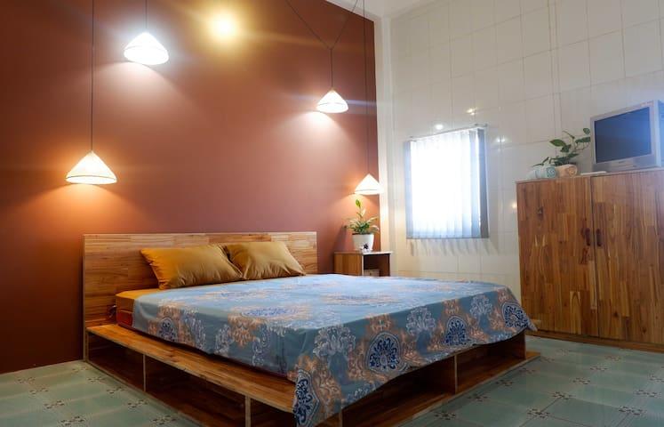 Comfy cosy room in Nga Homestay ( #102 )