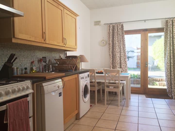 Dublin (Clontarf) cozy house, great location!