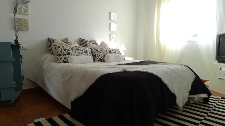Flat Andalucia Center - Fuente de Piedra - Apartment