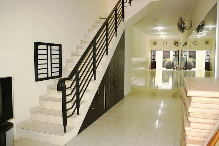 Stairs to the 1st floor.