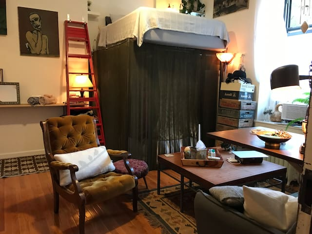 Shared Studio In Historic Striver's Row