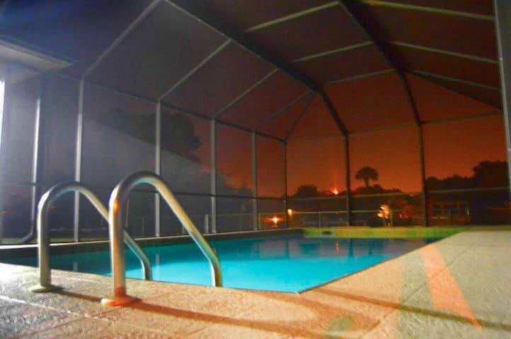 Waterfront Home Heated Pool W/Gulf Access & Dock - Port Charlotte - Huis