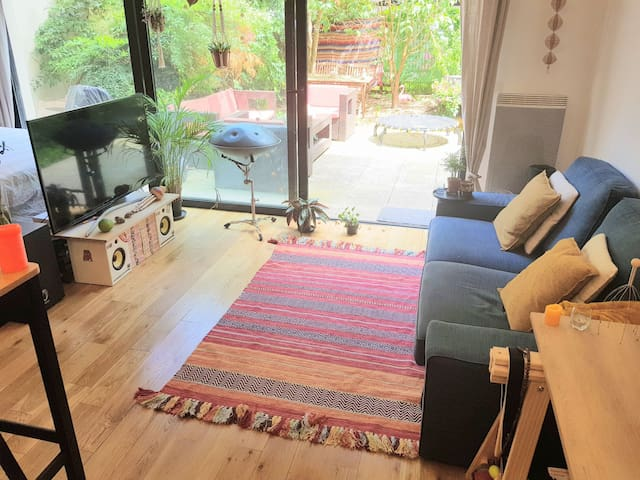 Apartment with garden. 10 minutes from paris !!