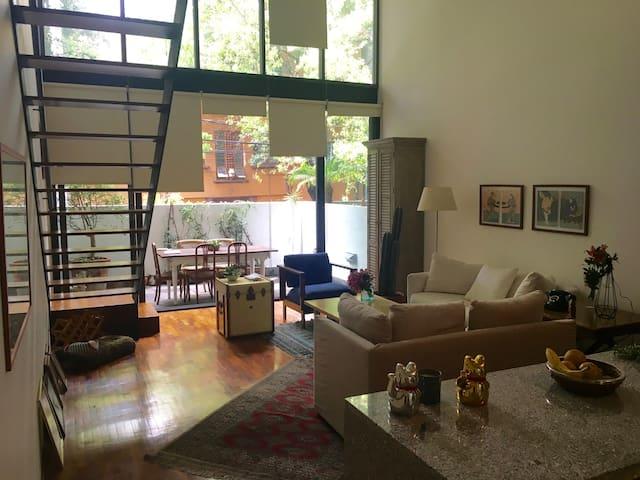 Renowned Architect loft in the heart of La Roma.