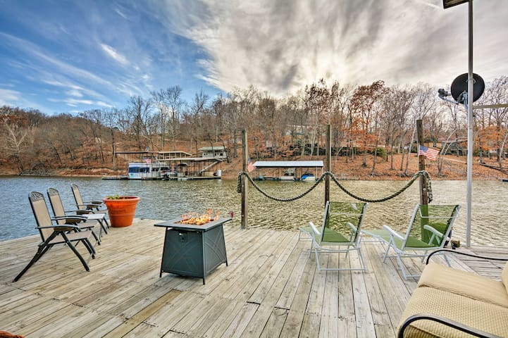 Floating 'Cabana Exotica' on Grand Lake w/2 Docks!