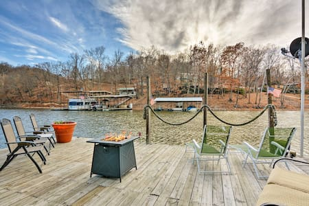 Floating 'Cabana Exotica' on Grand Lake w/2 Docks!