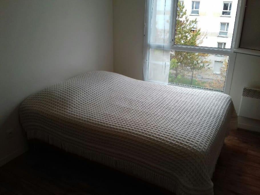 Draps+couette à votre disposition / Bedding sheets provides