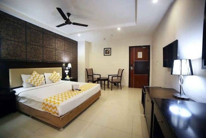 Ideally situated in IT & business hub of Hyderabad - Hyderabad - Byt