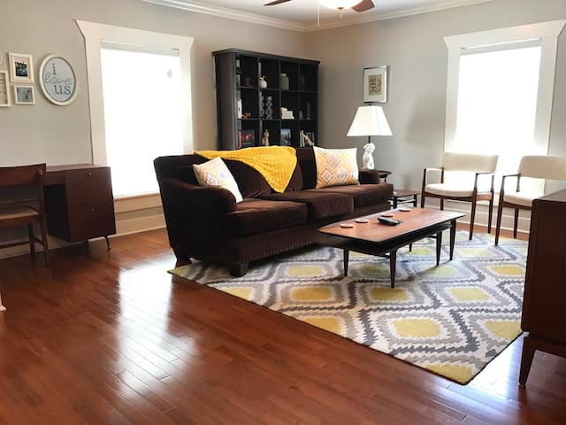 2 bedroom house of geek & style - Dallas - House