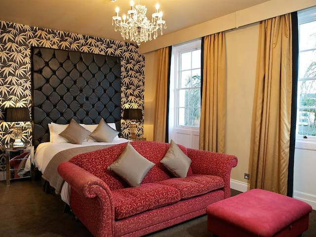 Riverview room (Superking Double or Twin)