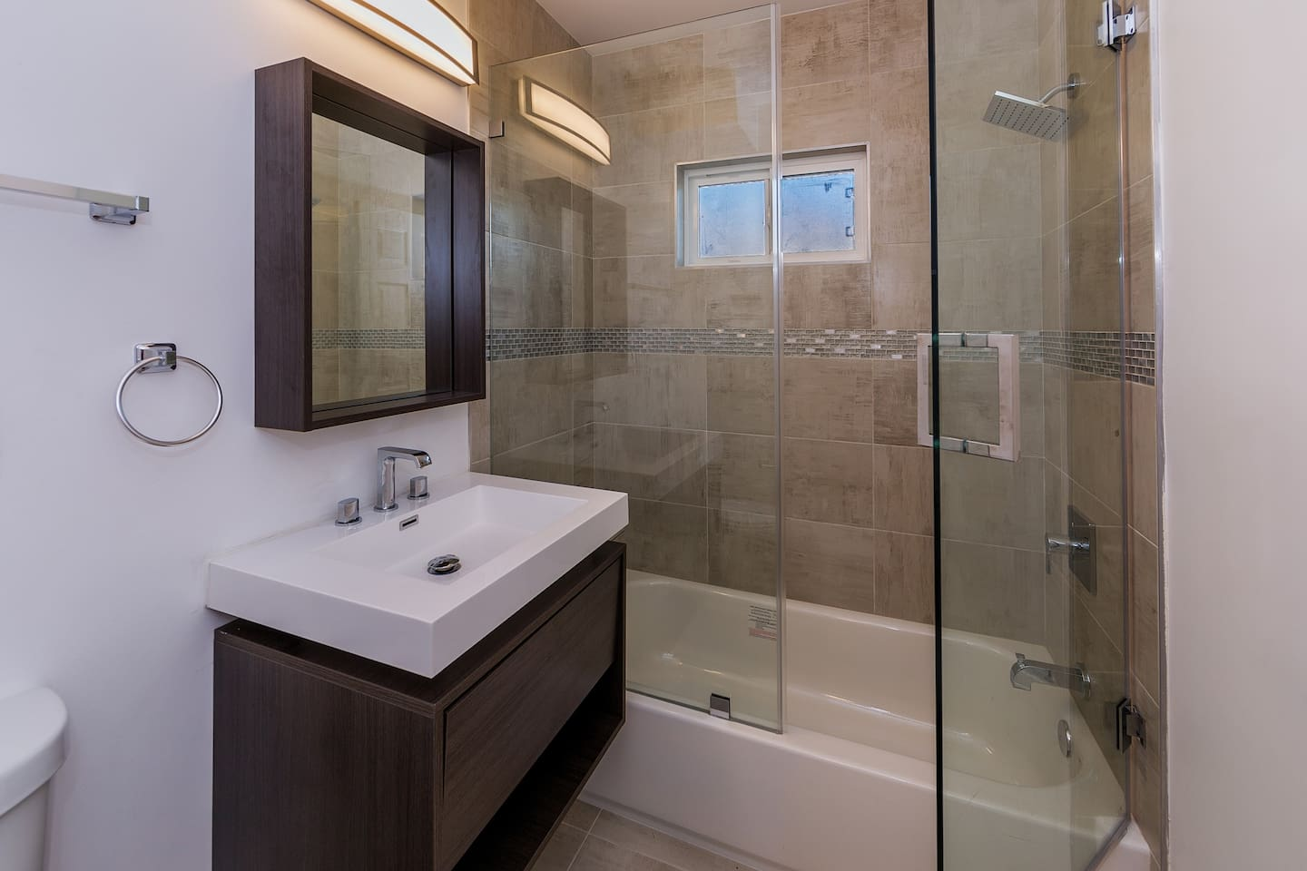 newly renovated apartment near downtown la apartments for rent in