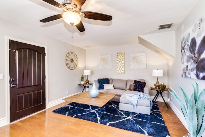CLOSE TO DOWNTOWN - 1500 sqft. 2 BED - 2 BATH
