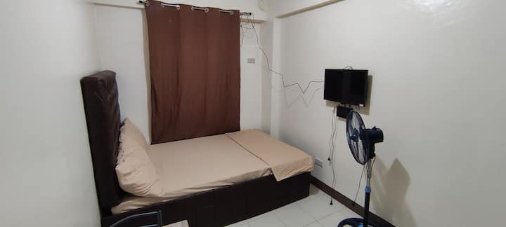{K3A} Bargain Studio Near Eastwood City and Cainta