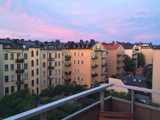 Top floor balcony apartment - Stockholm - Apartment