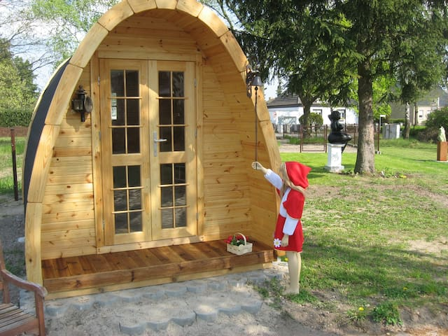 Camping Pod little red riding Hood