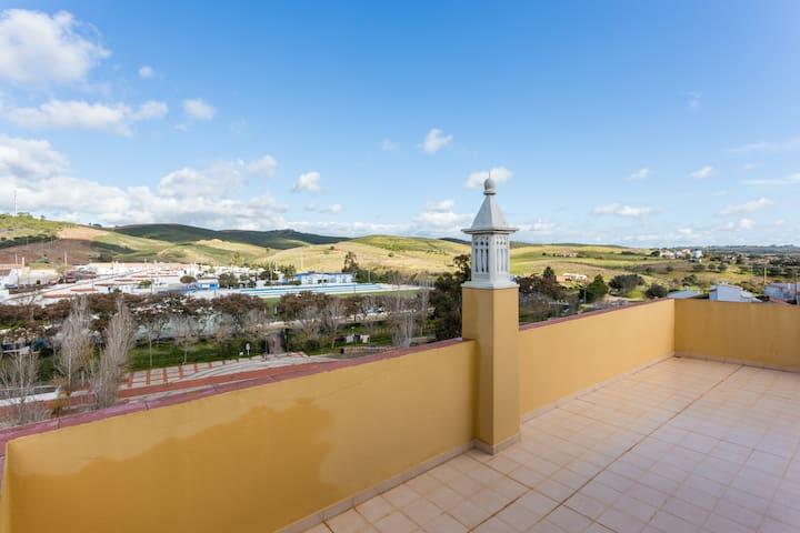 Discover the Algarve - Bensafrim - Casa