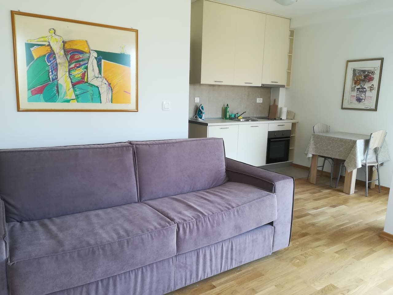 New &  Modern SeaView Studio apartment fully equipeed.