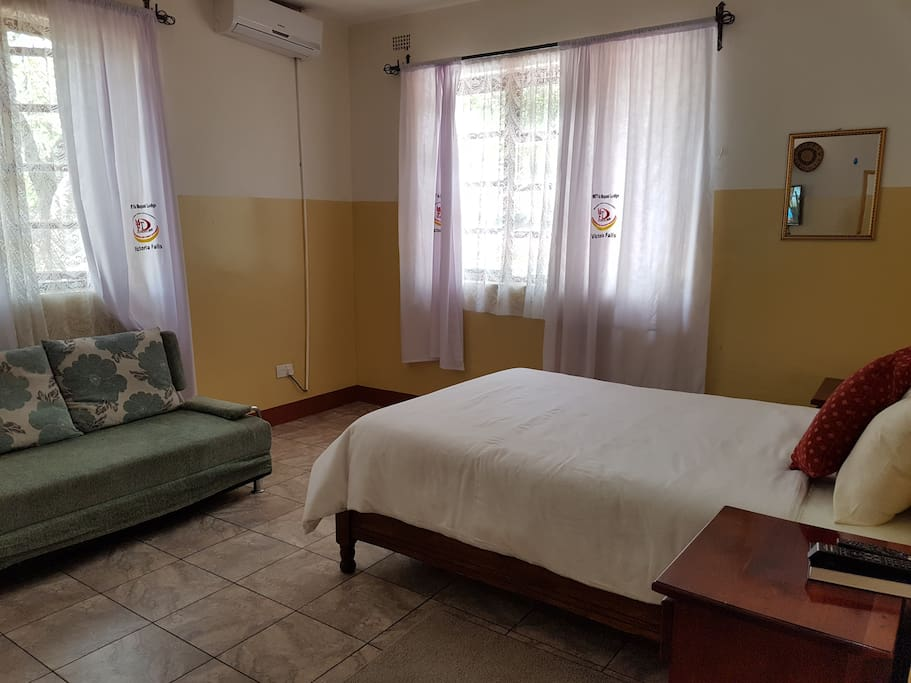 Room 7. Spacious and Airconditioned.
