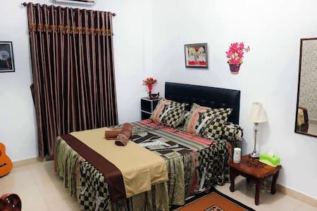 Makassar Lalafell Residence Near Airport - Kota Makassar - Hus