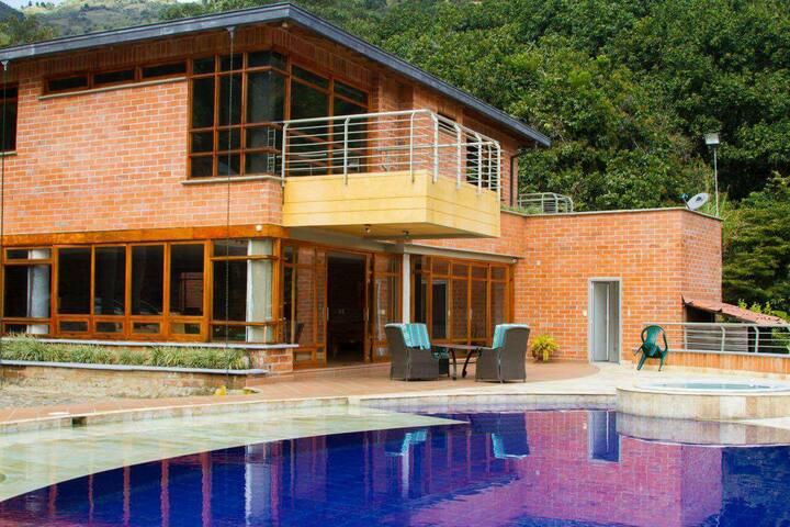 Hermosa Casa finca - Girardota  - Casa