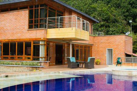 Hermosa Casa finca - Girardota