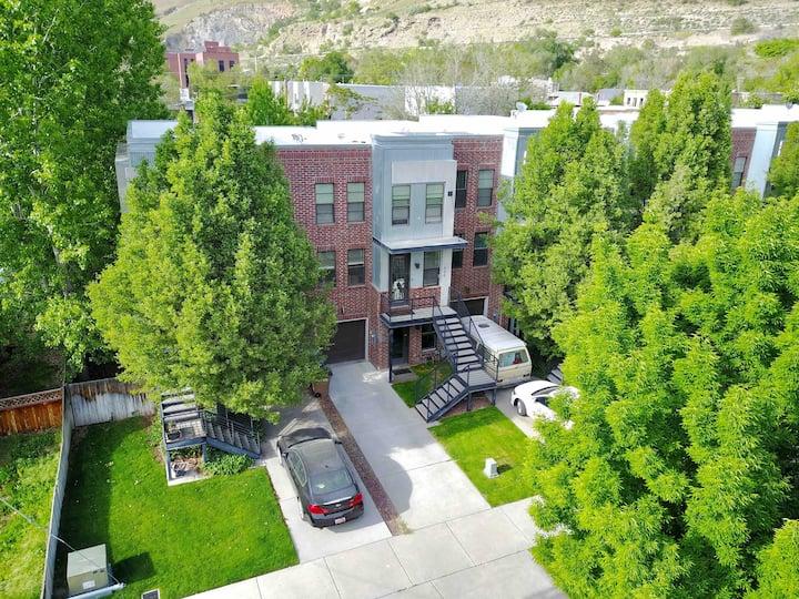 #LoftHaus - SLC West Capitol Hill Loft
