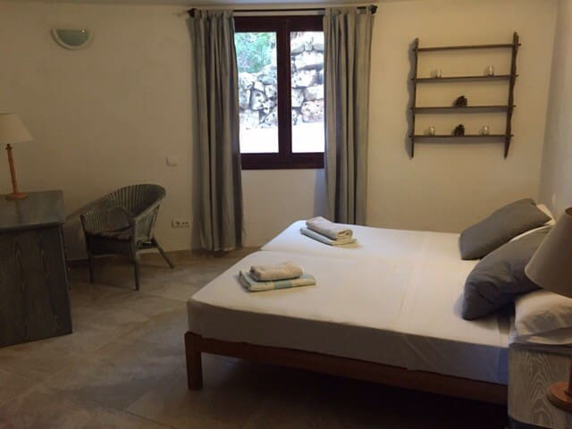 Well located twin room 2 - Sant Antoni de Portmany