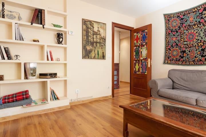 LOW COST. Piso amplio en el centro - Santander - Apartamento