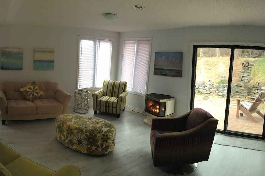 There are three levels in this beautiful paradise.All totally renovated and new furnishing.