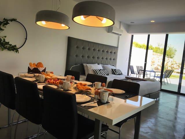 Open Plan Bedroom-Dining Area