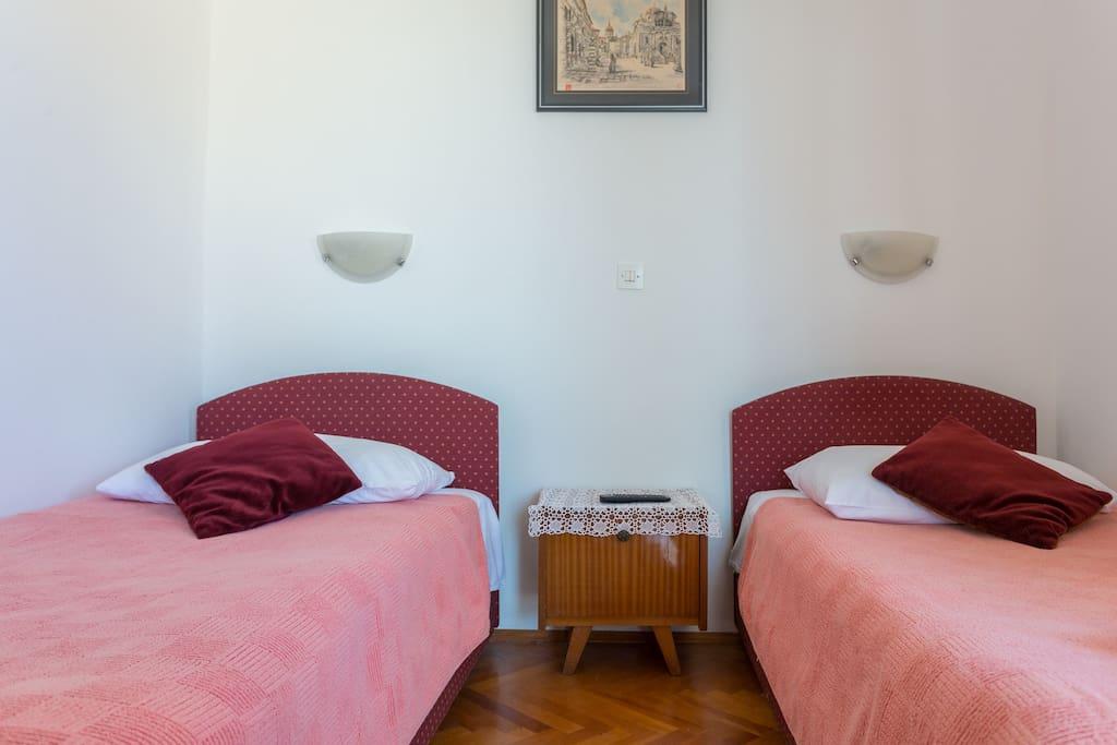 Room Meri