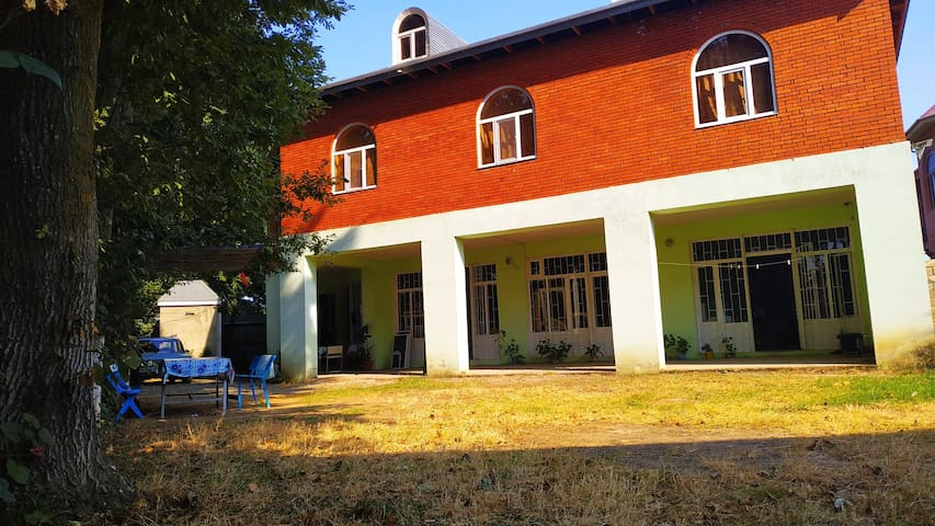 Lankaran Hostel FRESH