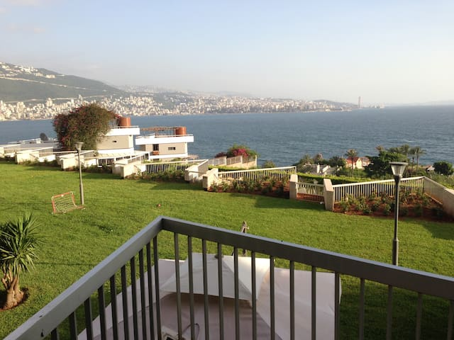 Cozy Chalet with a beautiful View in Aquamarina 2