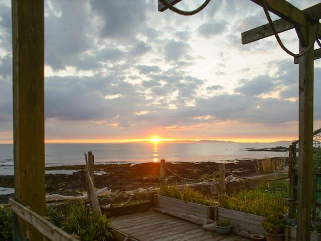 Island View (UK5483)