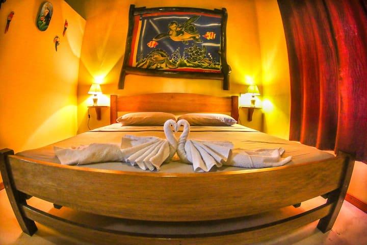 Deluxe Triple Room - Mi Vida Lodge Playa Matapalo