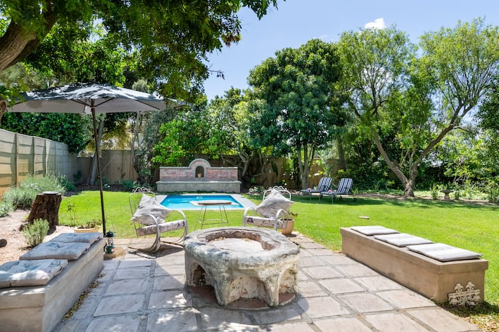 French Flair Family Home, 3 Bedrooms, Durbanville